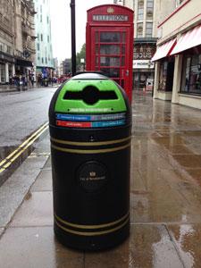 Бачок для мусора в Лондоне