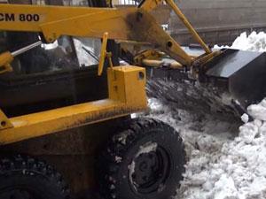 Купить лопату на колесах для уборки снега в москве