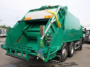 Вывоз мусора автомусоровозами с прессом