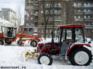 Уборка снега в Москве зимой 2013-2014